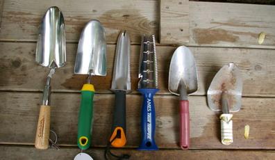 trowels, tool trials